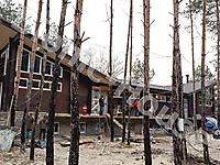 Деревянный банный комплекс в лесу_1
